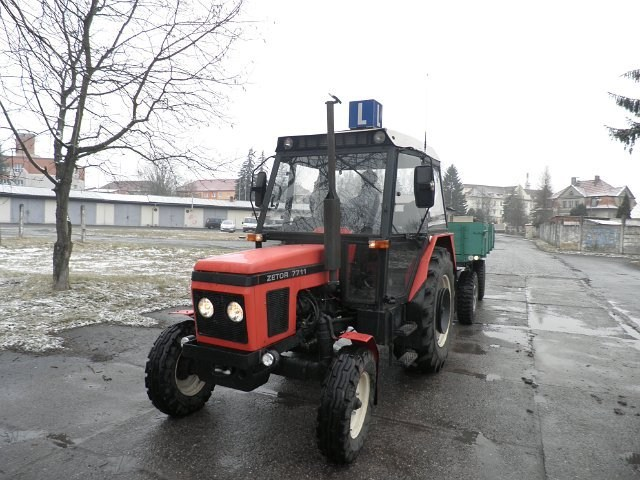 P1241107